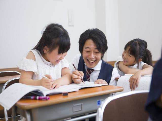 能開センターは、熱意ある授業と生徒からの信頼感を高く評価します。 能開センター 富雄校 高校受験専門館【学習塾】